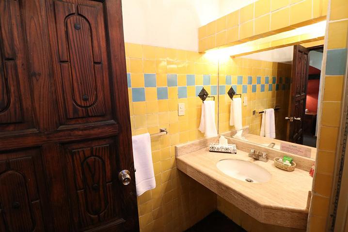 Hosteria san Felipe habitacion doble baño