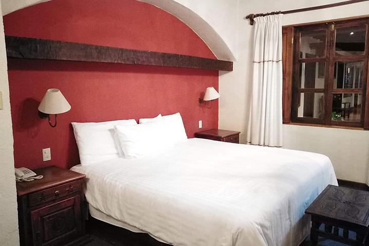 Hosteria san Felipe habitacion sencilla una cama 2
