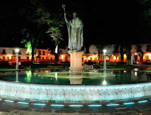 Visita la Plaza Vasco de Quiroga