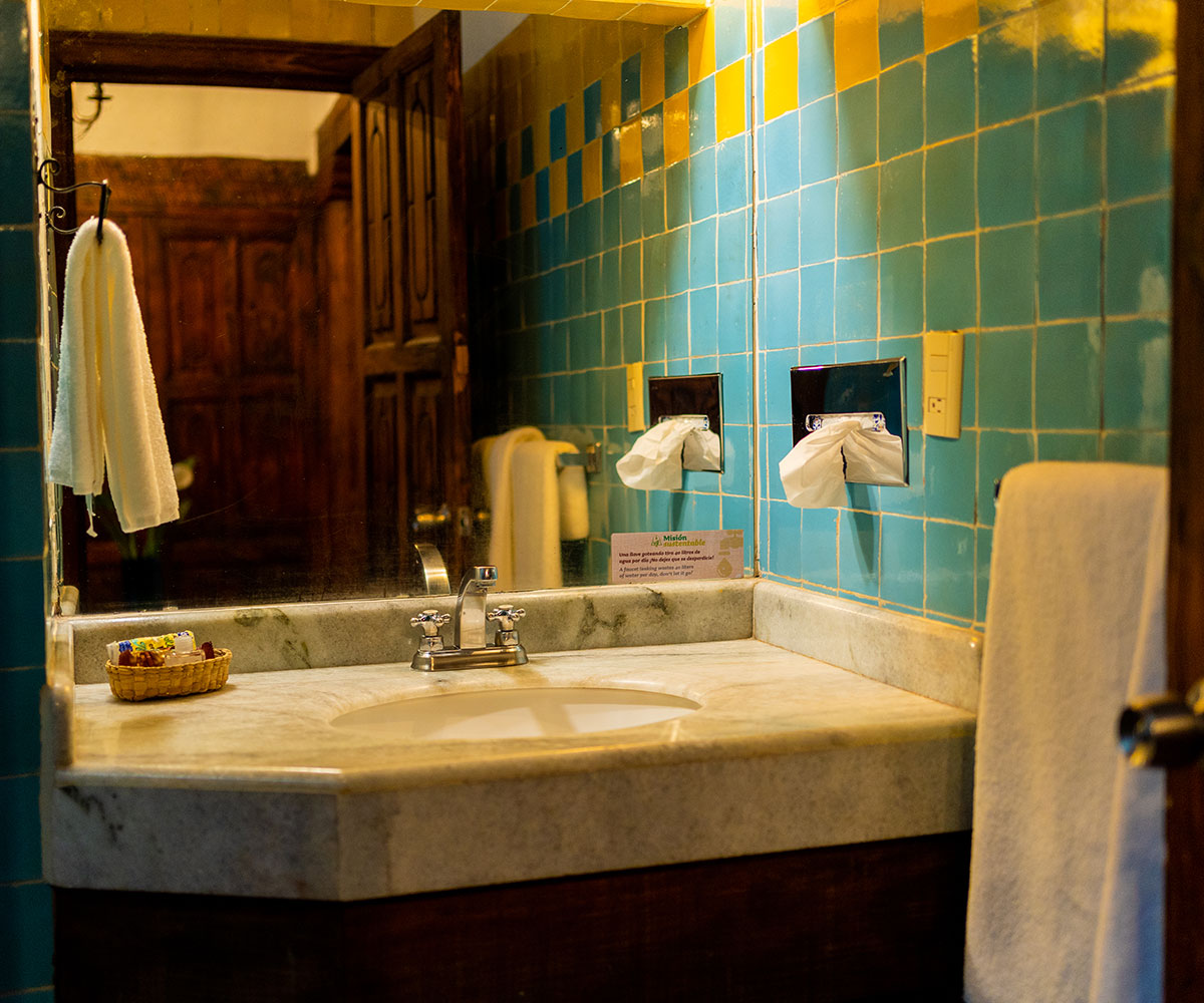 Hosteria San Felipe Hab master sencilla baño 2